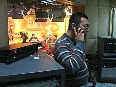 <em>Talk mit Schrifstellern in einem der TV-Studios von Sina (Foto:LLM)</em>